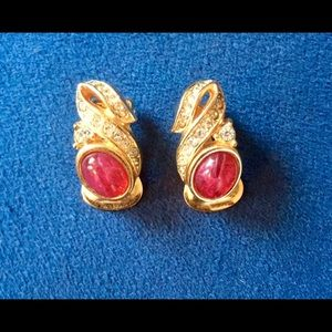 Jewelry - Authentic vintage DIOR clip earrings